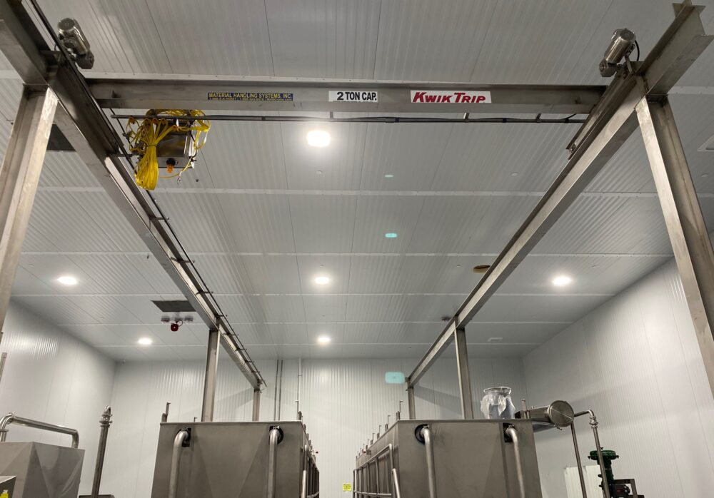 stainless steel workstation crane manufactured by Material Handling Systems, Inc. (MHS CRANE) for KwikTrip